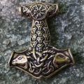 Ciondolo Martello di Thor  con Vegvisir in Bronzo